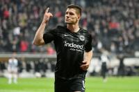 Fünf Tore: Rekordmann Jovic schießt Düsseldorf ab