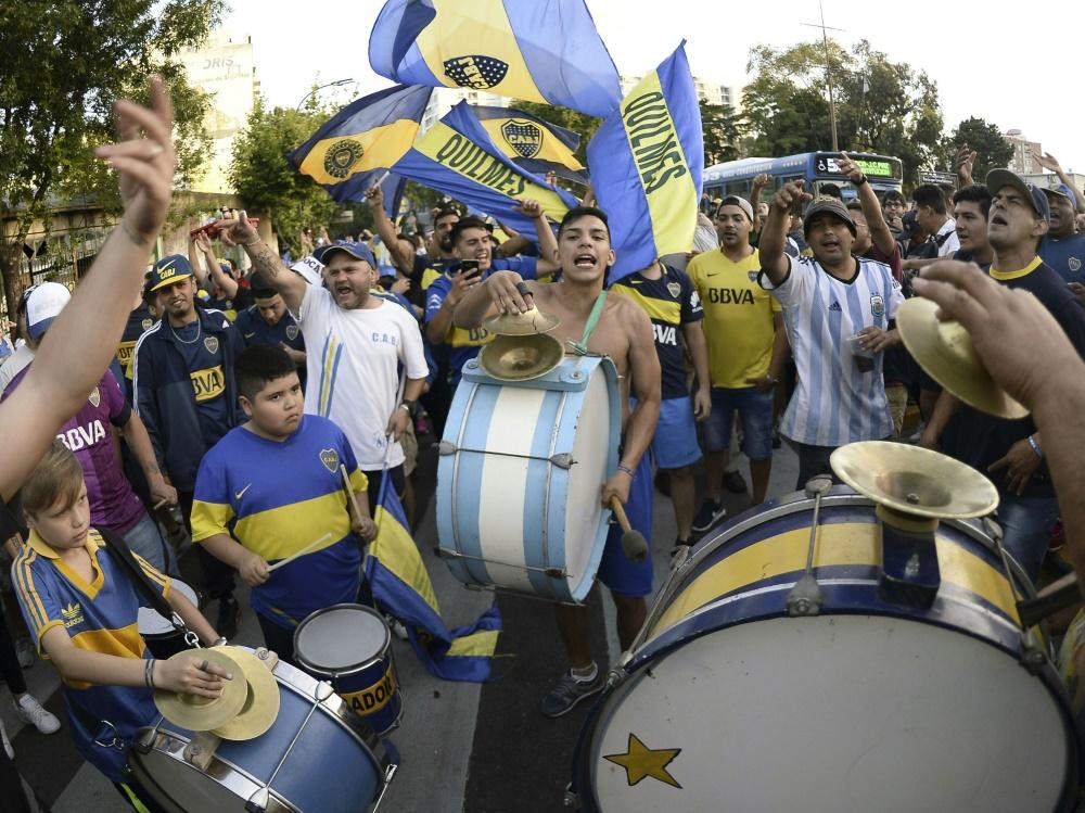 Boca-Juniors-Fans feiern ihre Mannschaft