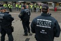 Vier Festnahmen nach Schlägerei vor Bundesligaspiel in Augsburg