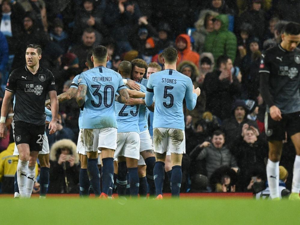 Manchester City setzt sich locker gegen Burnley durch