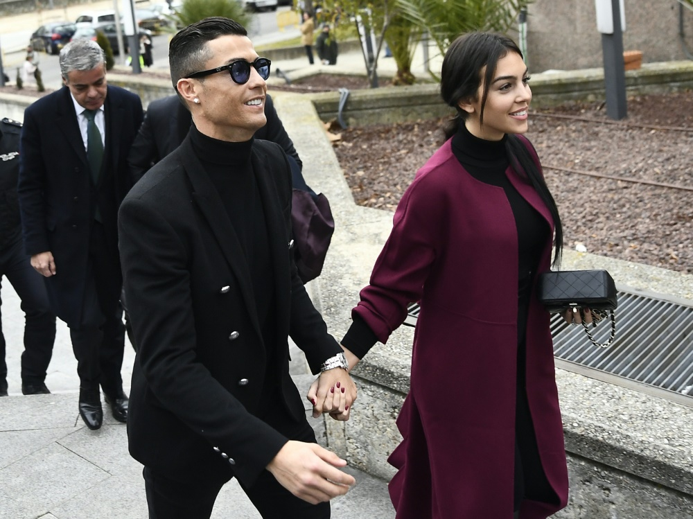 Ronaldo nahm seine Freundin Georgina mit nach Madrid