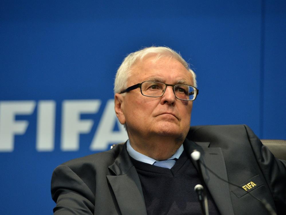 In Bezug auf die WM 2006: Zwanziger kritisiert die FIFA