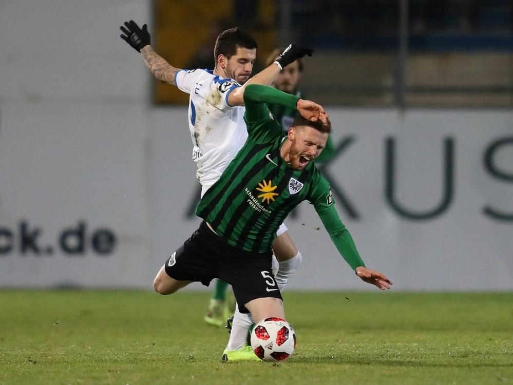 Toni Jovic (l.) erzielte den goldenen Treffer