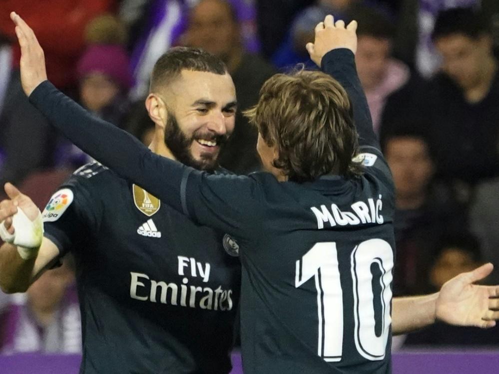 Benzema (li.) und Modric durften gegen Valladolid jubeln