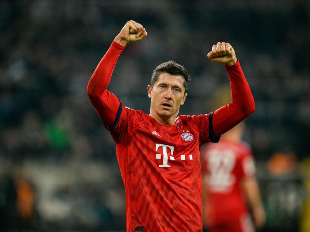 Die Bayern wollen mit Torjäger Lewandowski verlängern