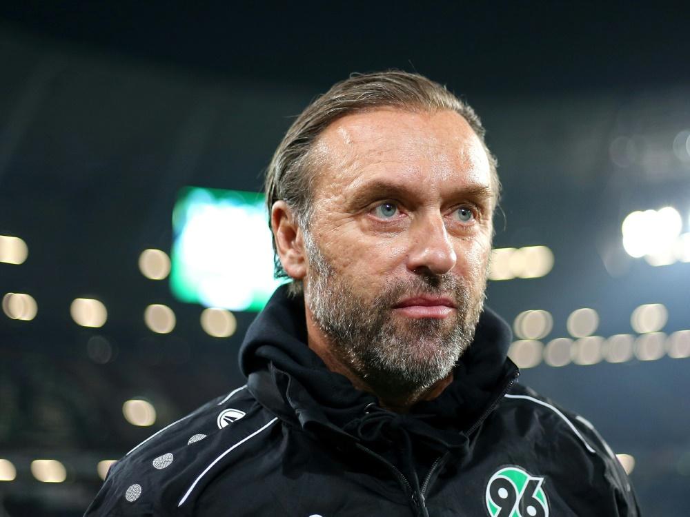 Trainer Thomas Doll erwartet Punkte von seinem Team