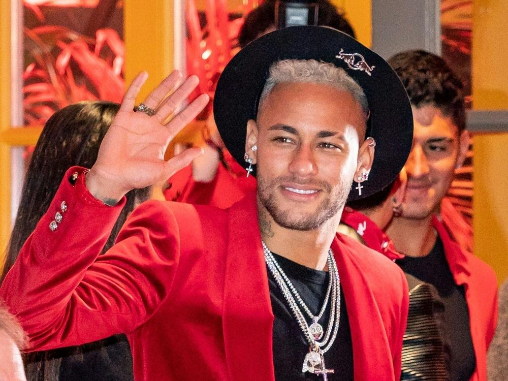 Neymar ist seit seiner Verletzung viel unterwegs