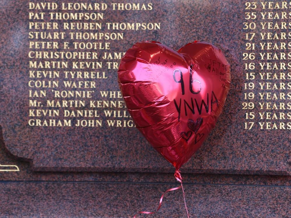 Klopp-Team gedenkt der 96 Opfer von Hillsborough