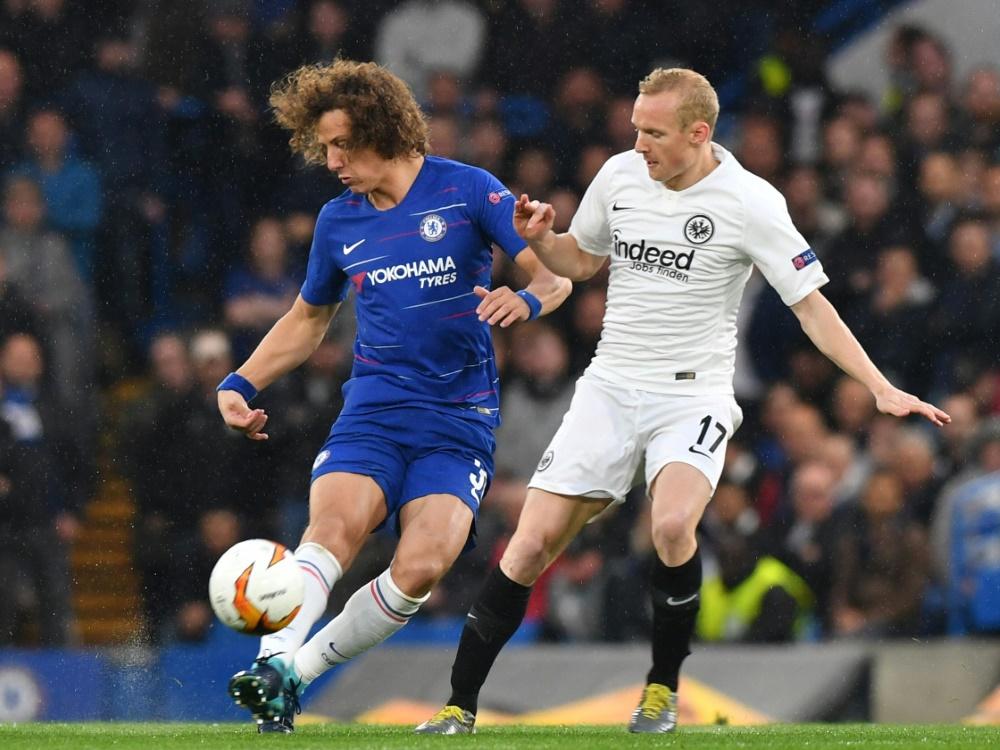 Verletzte sich gegen Chelsea: Sebastian Rode (r.)