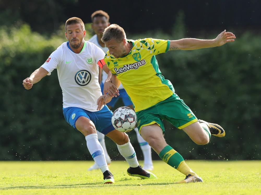 Stiepermann (r.) bleibt Norwich erhalten
