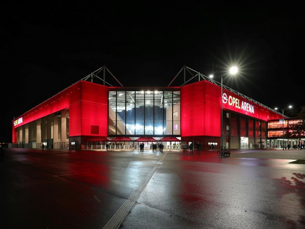 Das Mainzer Stadion ist am Dienstag ausverkauft