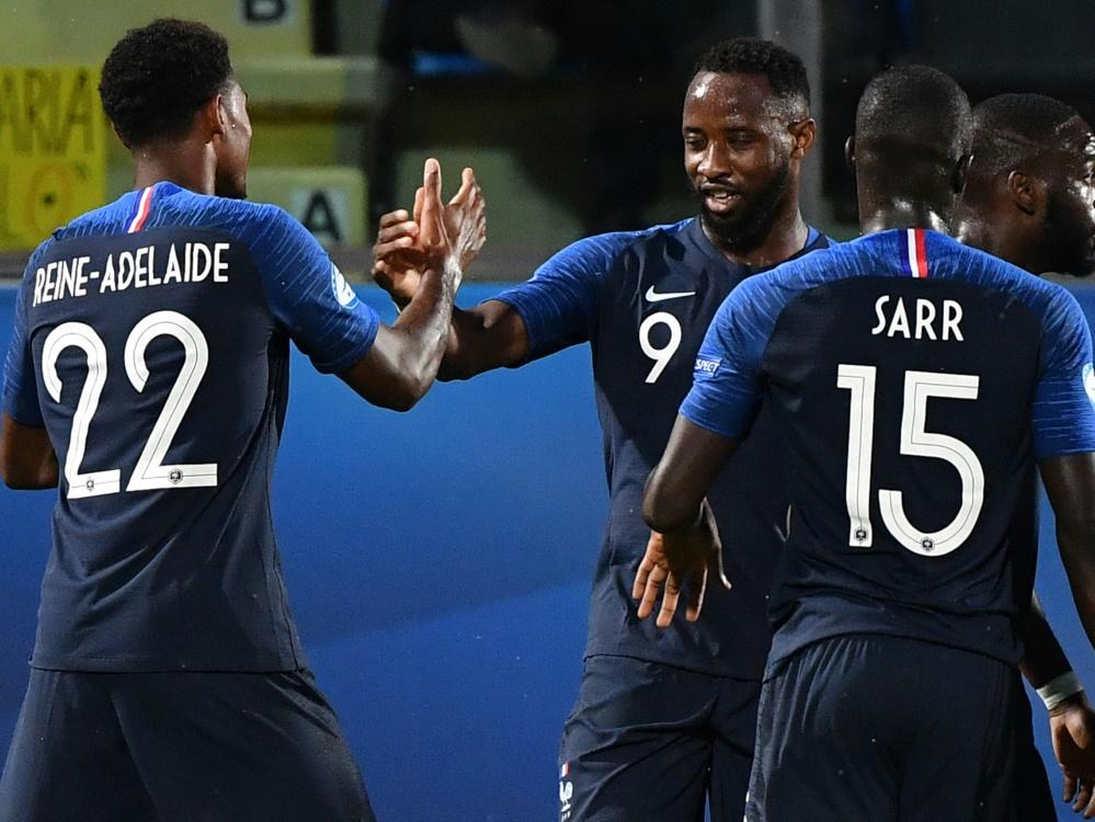 Frankreich siegt dank Moussa Dembele (M.) gegen Kroatien