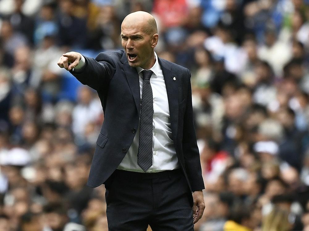 Zidane ist aus dem Trainigslager von Real abgereist