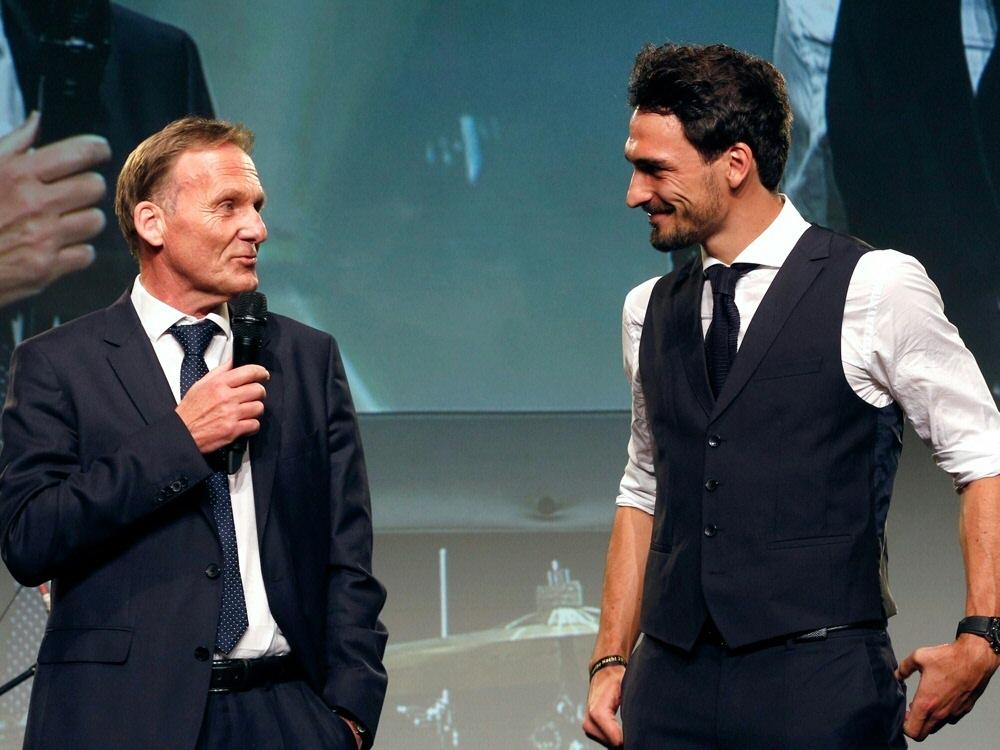 Watzke (l.) glaubt an Hummels-Rückkehr ins DFB-Team