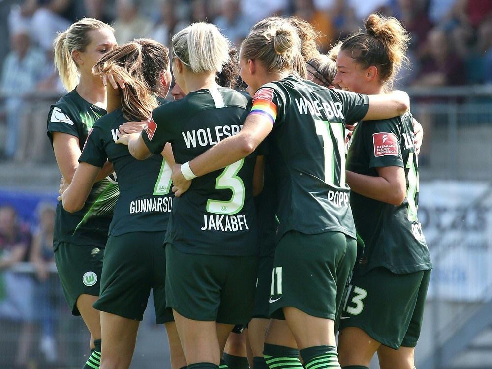 Die Wolfsburgerinnen siegen deutlich in Pristina