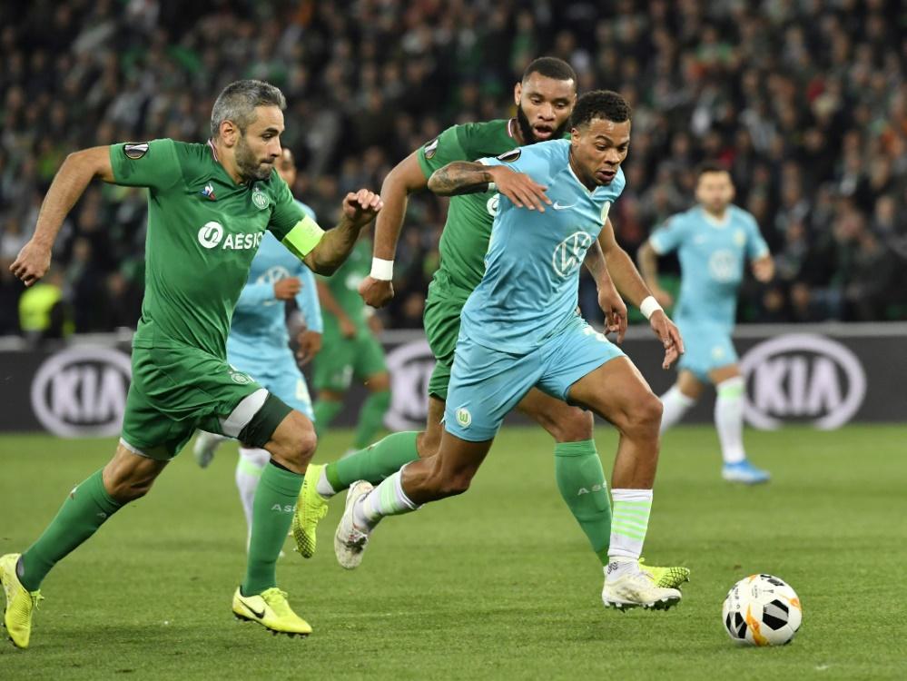Nmecha (r.) verletzte sich im Spiel gegen St. Etienne