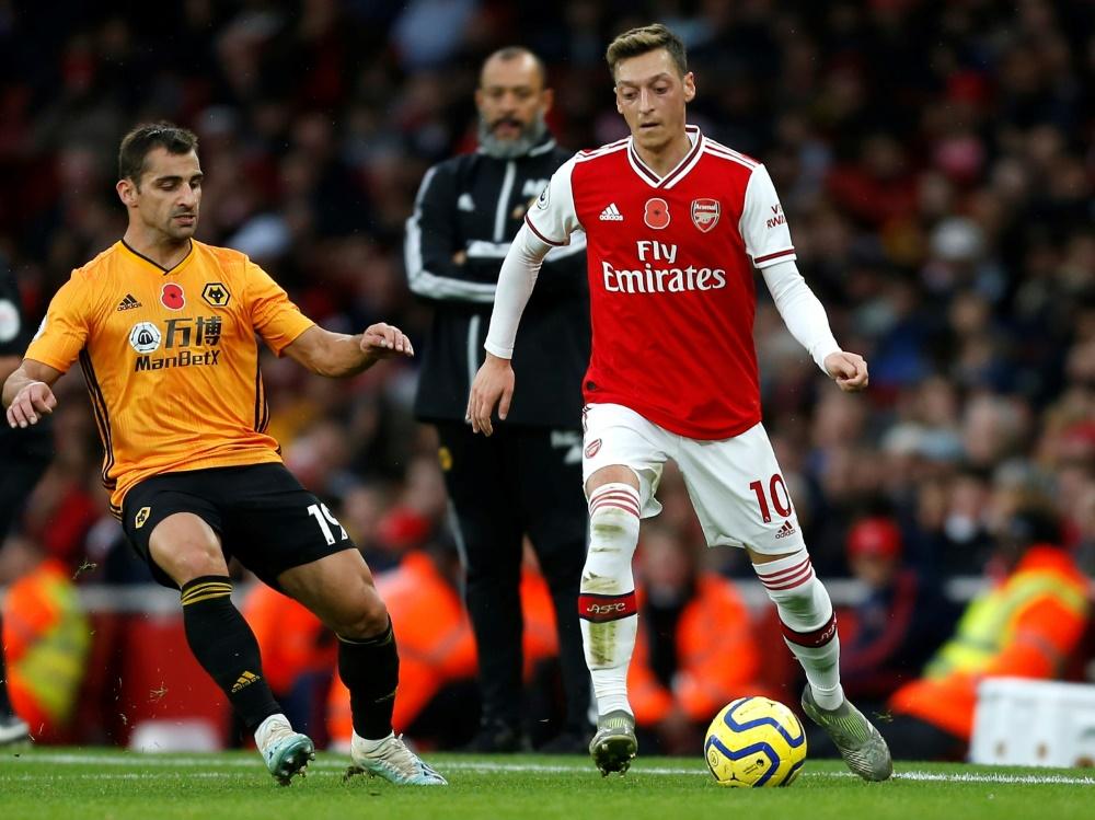 Özil stand gegen Wolverhampton wieder in der Startelf