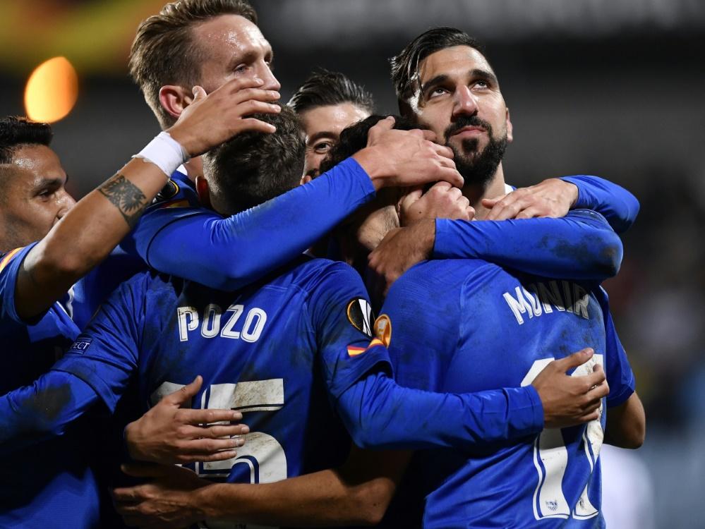 Der FC Sevilla qualifiziert sich für die Zwischenrunde