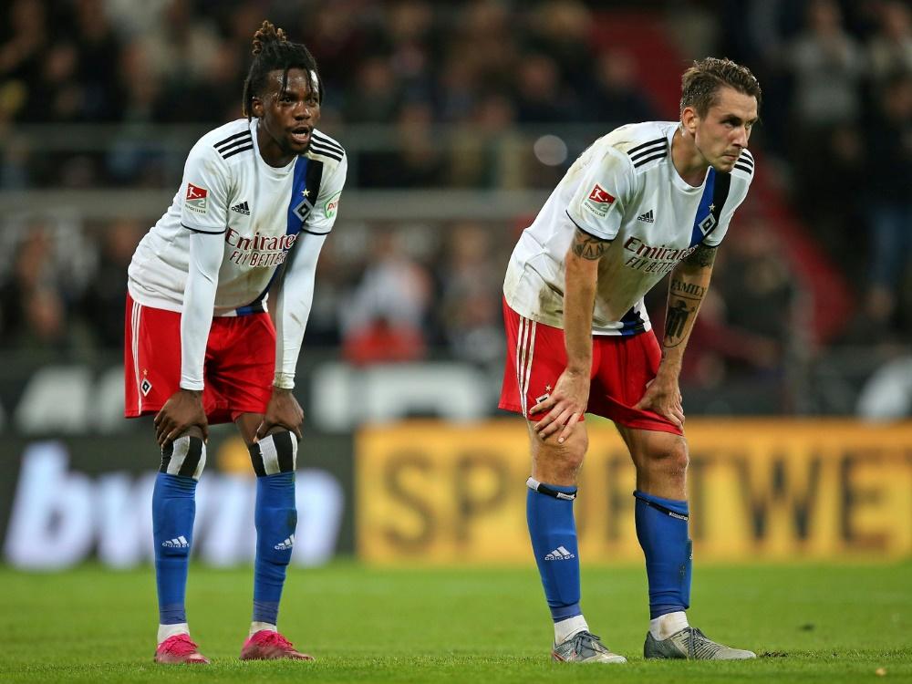 Gideon Jung (l.) und Adrian Fein spielen mit dem HSV 1:1