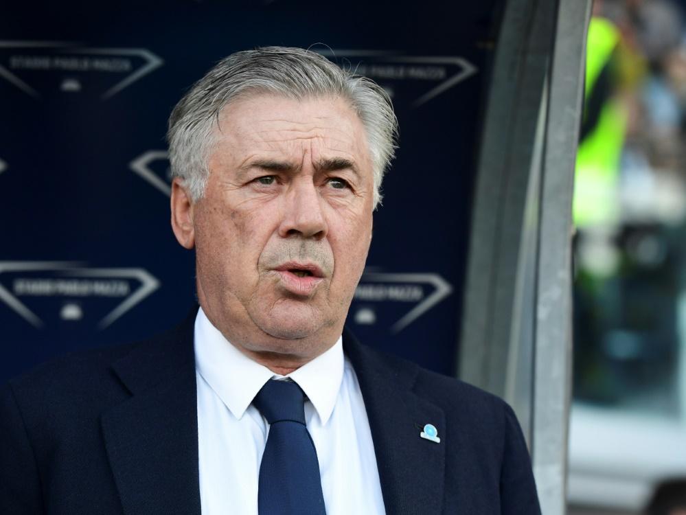 Carlo Ancelotti muss widerwillig ins Trainingslager