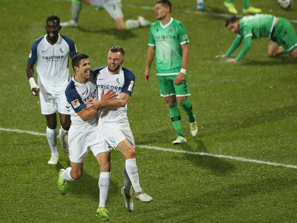 Der VfL Bochum schlägt Hannover 96 mit 2:1