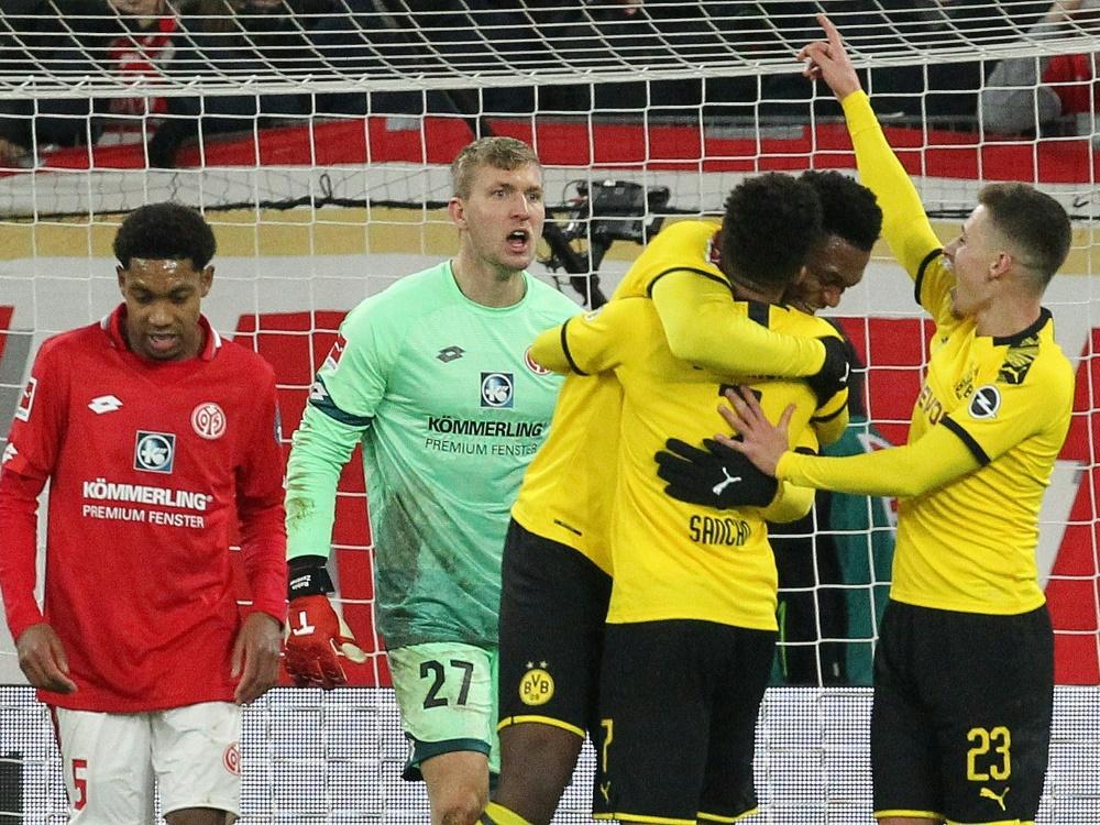 Dortmund jubelt über Sieg in Mainz