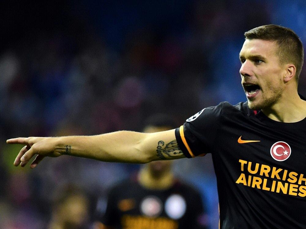 Lukas Podolski gab als Joker sein Debüt für Antalyaspor
