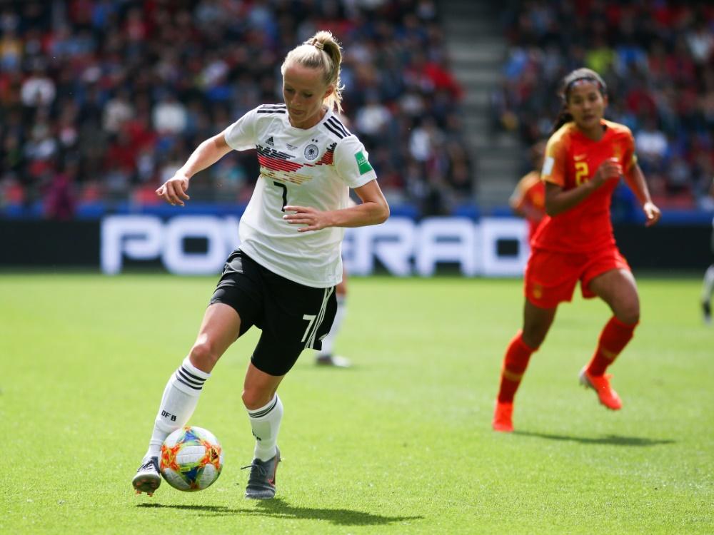 Nationalspielerin Lea Schüller geht zu den FCB-Frauen