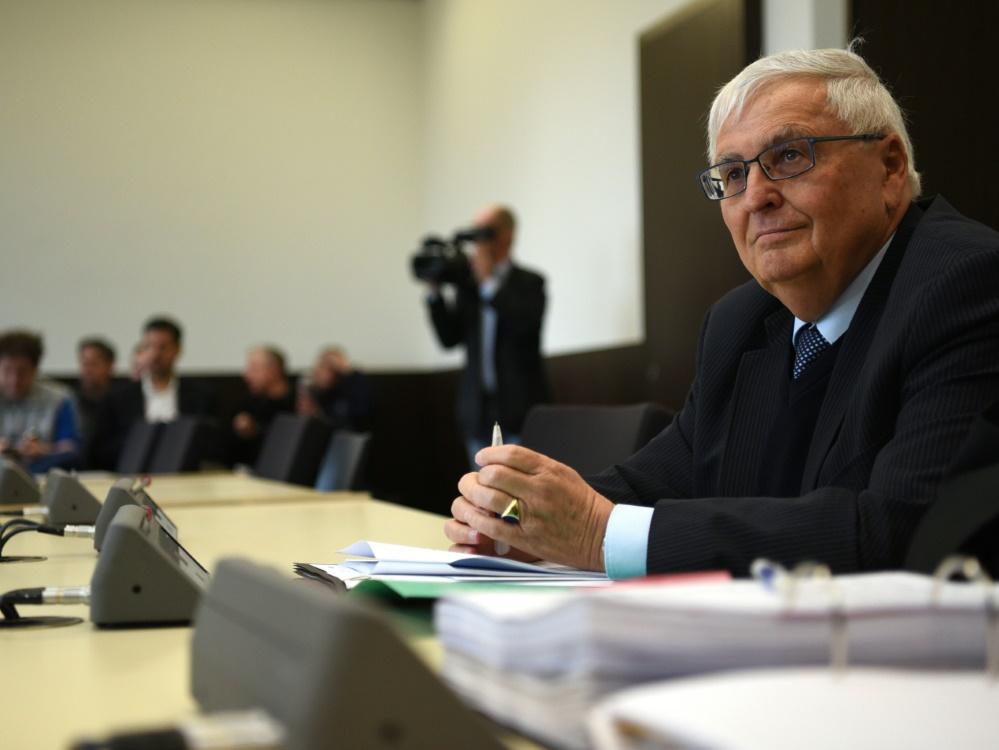 """Zwanziger kritisiert Ermittlungen:""""Eine Schlamperei"""""""