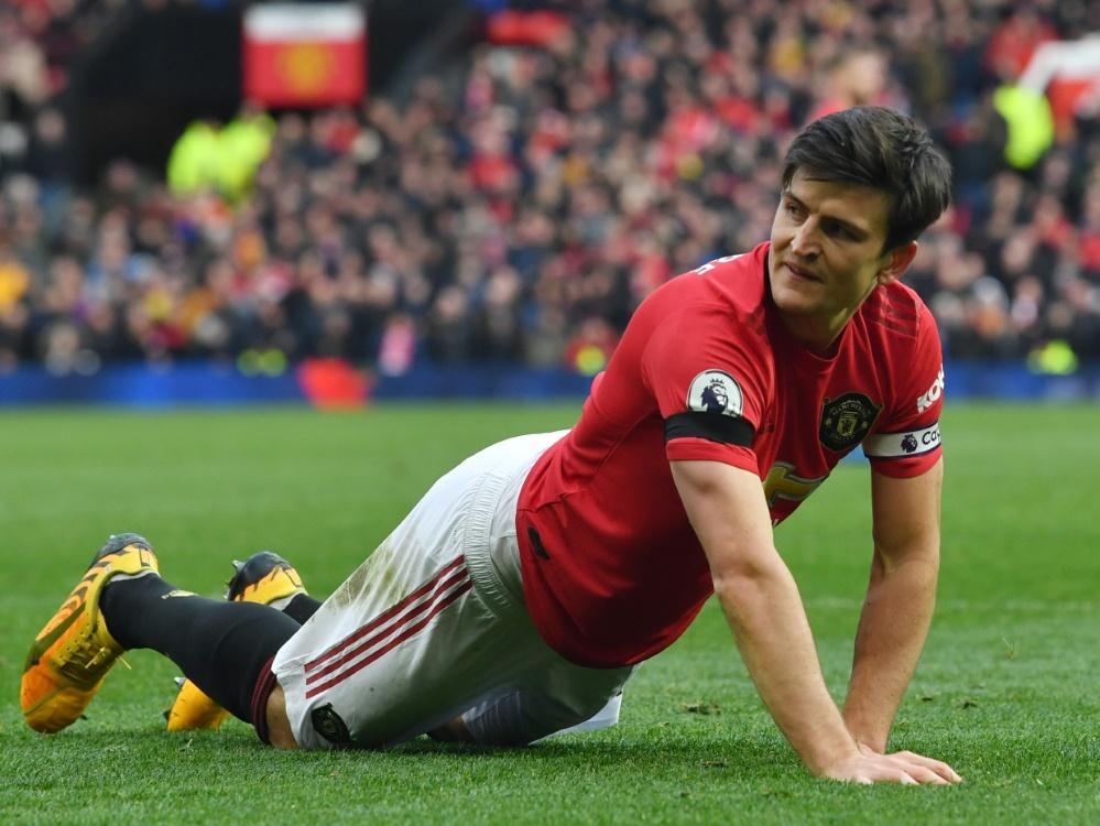 United-Kapitän Maguire greift den Älteren unter die Arme