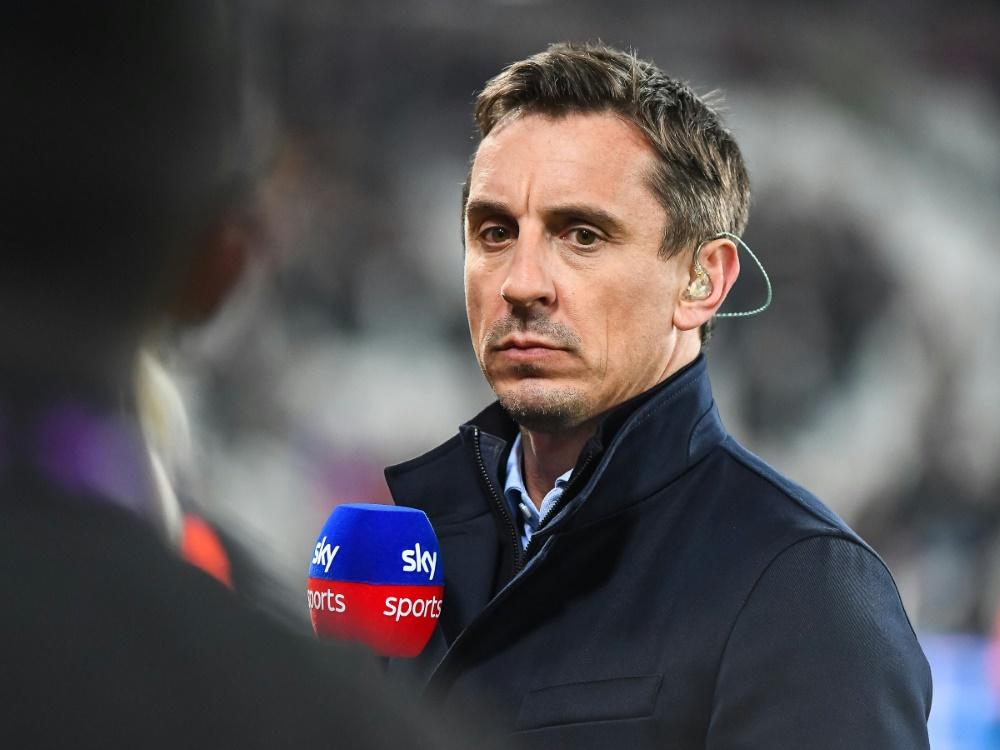 Englands Ex-Nationalspieler Neville sorgt sich