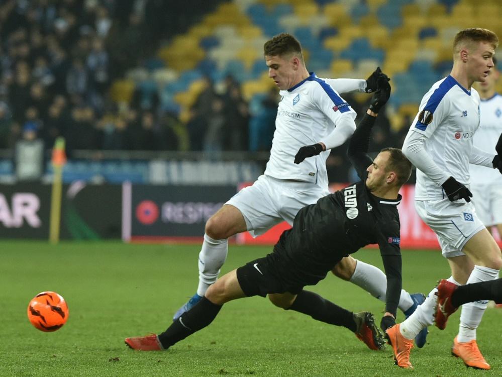 UEFA bestätigt Sperre für Artem Biesiedin (l.)