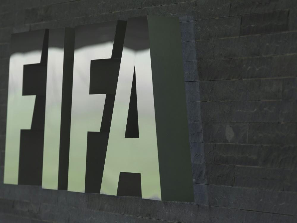 FIFA: Arbeit an der halbautomatischen Abseitstechnologie