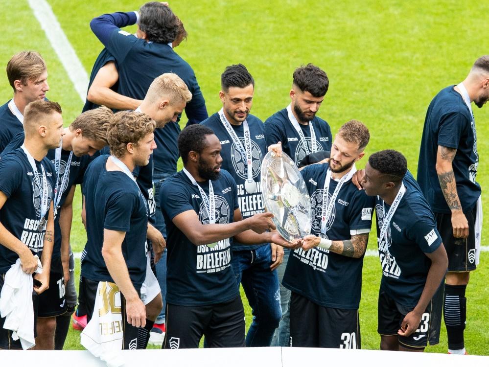 Bielefeld entschuldigt sich für große Aufstiegsfeier