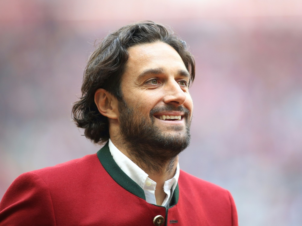 Luca Toni hat die UEFA Pro Trainerlizenz erhalten
