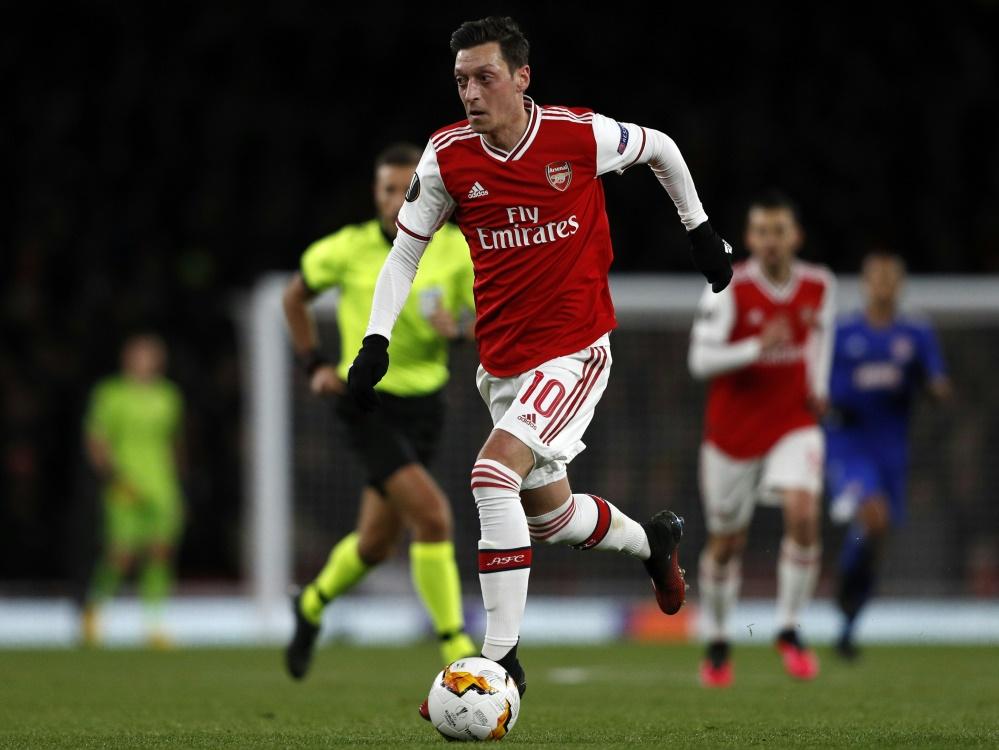Özil steht nicht im Europa-League-Kader von Arsenal