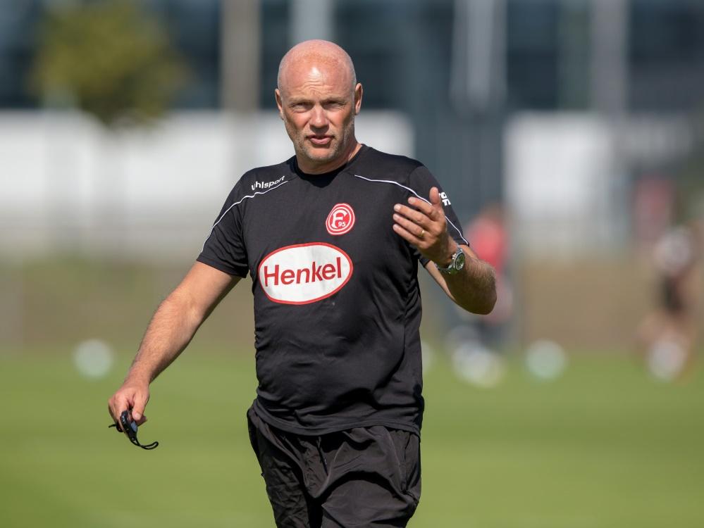 Mit Trainer Uwe Rösler soll der Wiederaufstieg gelingen