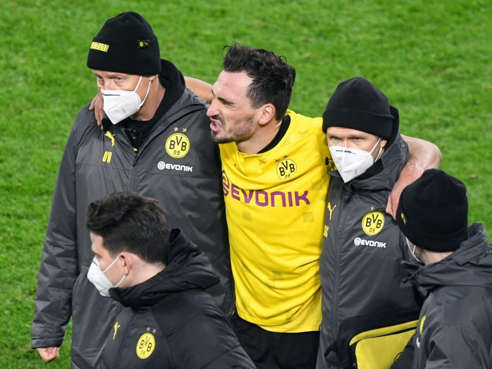 Mats Hummels verletzt sich im Spiel gegen Lazio