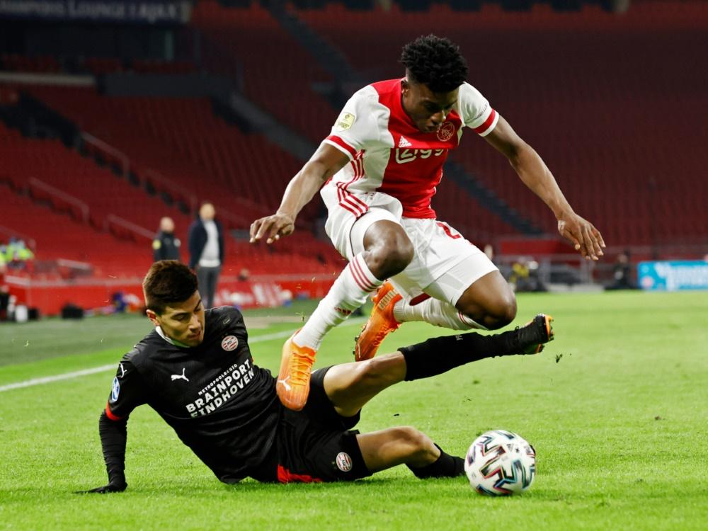 Ajax Amsterdam und PSV Eindhoven trennen sich 2:2