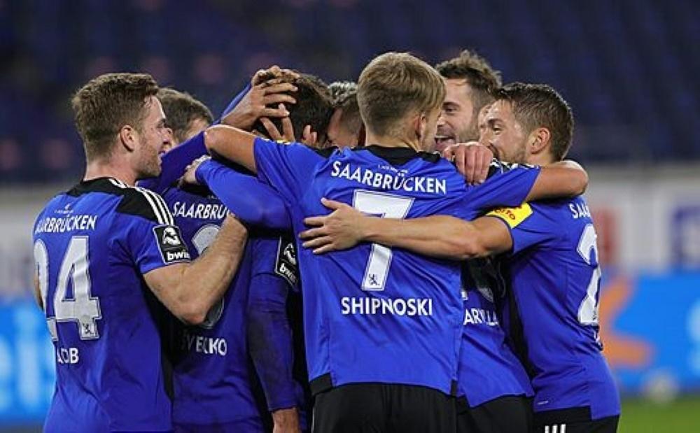Saarbrücken gewinnt gegen Magdeburg