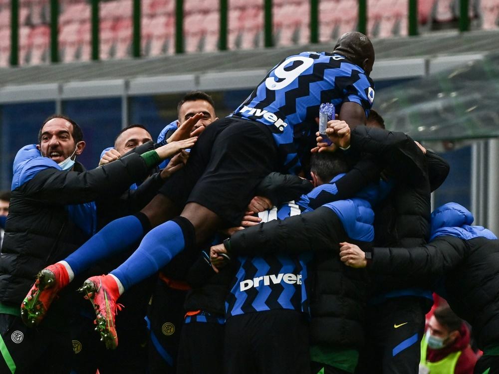 Inter Mailand setzt sich im Stadtderby durch