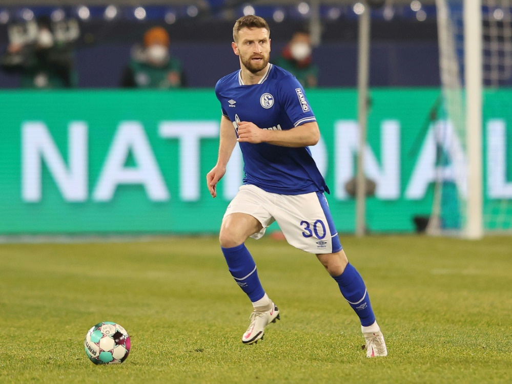 Mustafi gegen Stuttgart wieder dabei