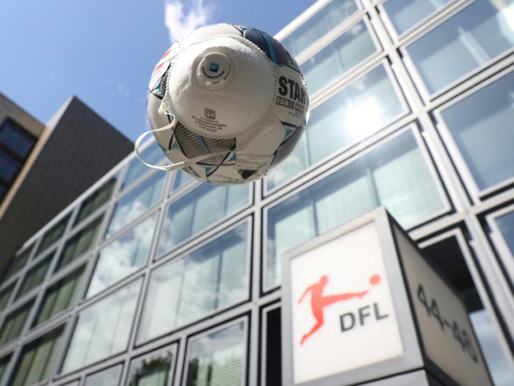 Corona: DFL verlegt Zweitligaspiele von Regensburg