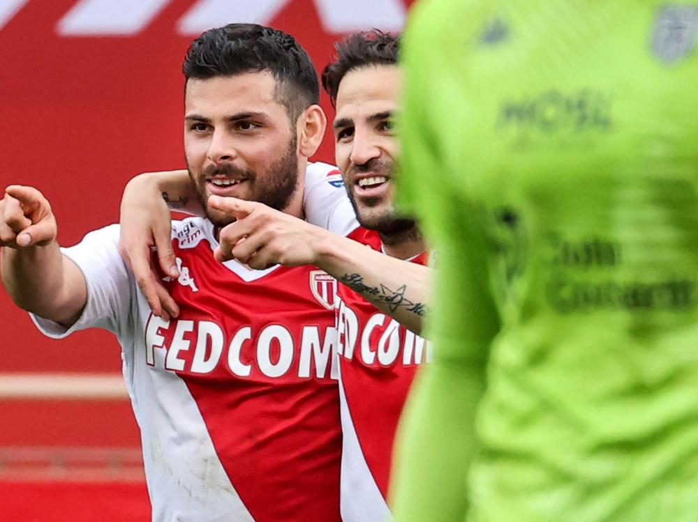 Volland (l.) trifft erneut für die AS Monaco