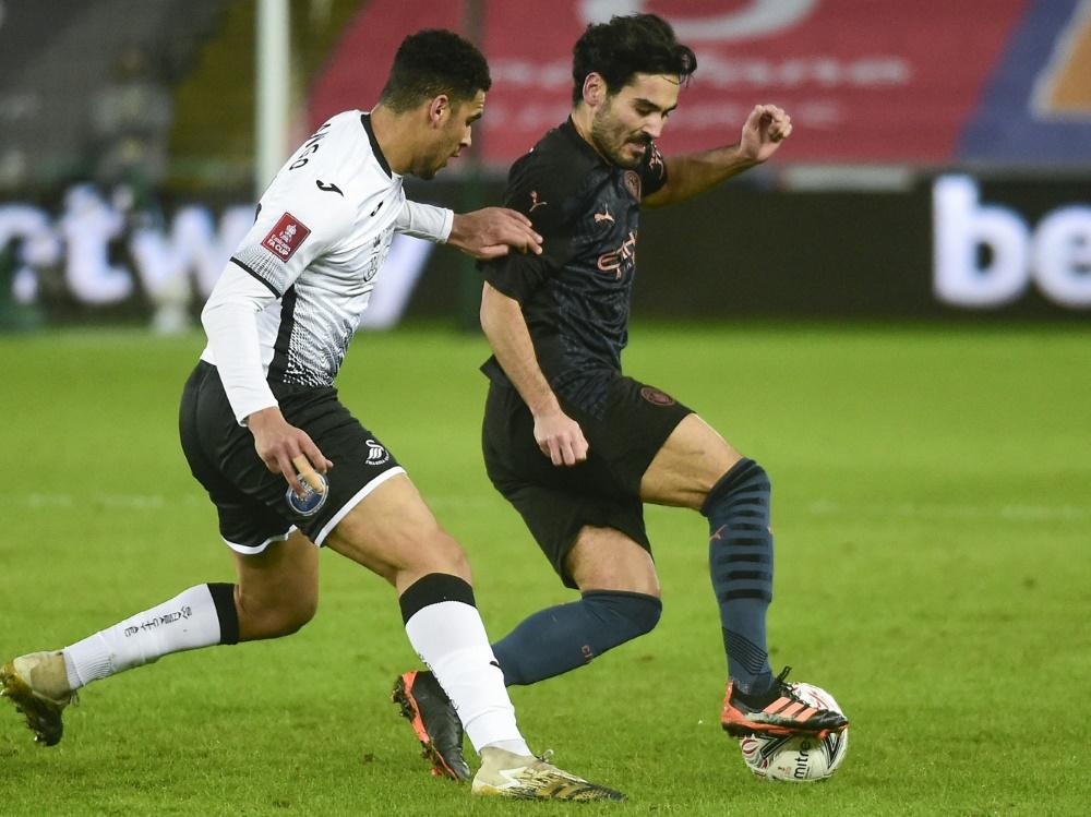 Swansea City zieht sich online für eine Woche zurück