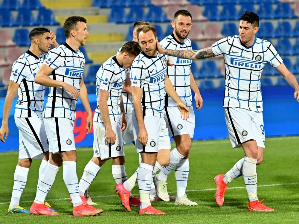 Die Spieler-Gehälter bei Inter sollen gekürzt werden