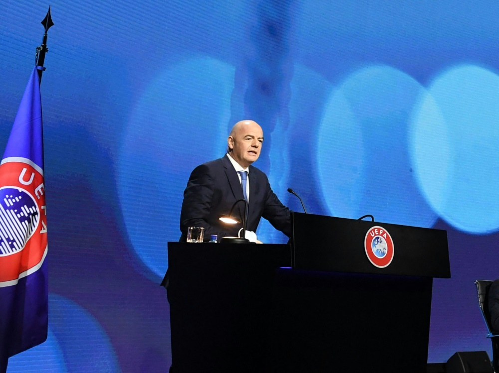Die UEFA setzt das Verfahren gegen Super-League-Trio aus