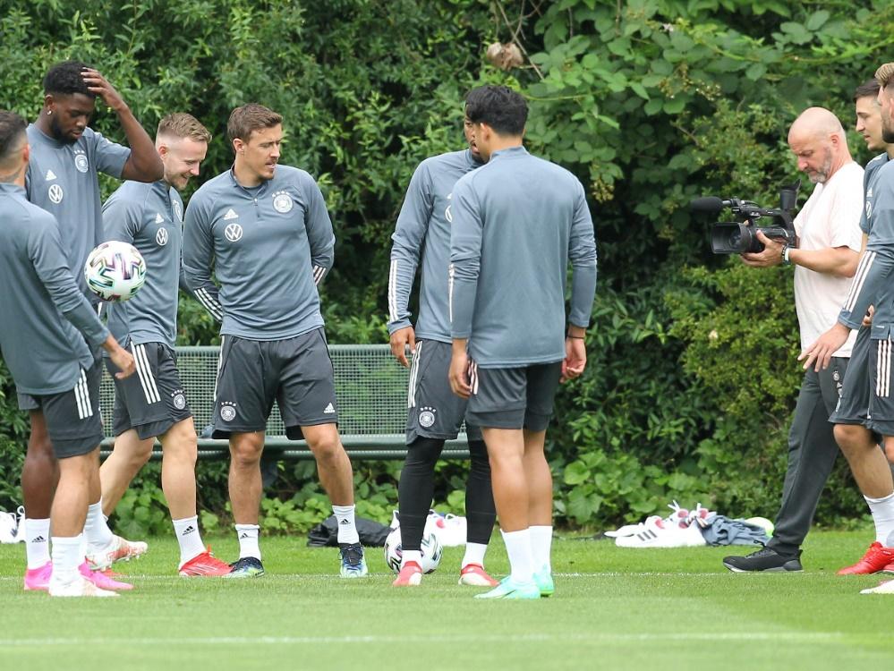 Das DFB-Team hat das Olympische Dorf besucht (Foto: SID)