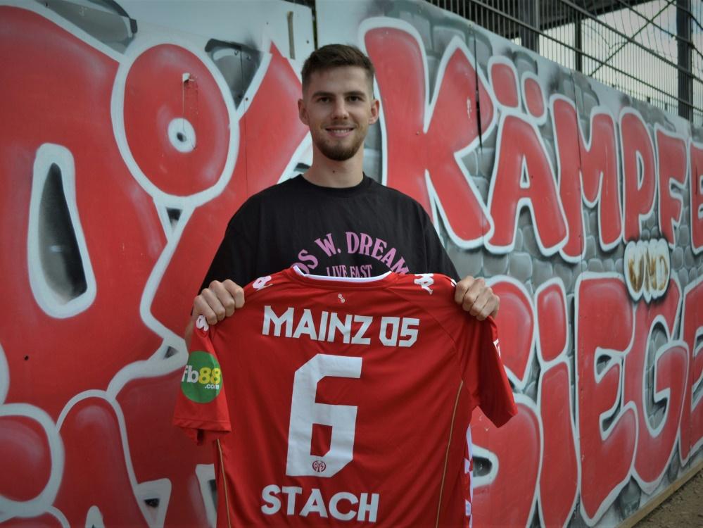 Der 22 Jahre alte Mittelfeldspieler Anton Stach (Foto: SID)