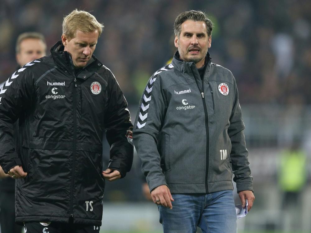 Trainer Timo Schultz (l.) und St. Pauli spielen 0:0 (Foto: SID)